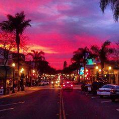Ventura Life. Photo by @radlife90 #wintersunset #downtownventura #pink #sunset #clouds #mainstreet #californialivin #ventura #venturalife
