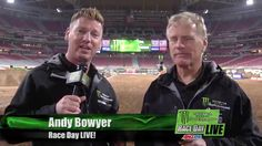 2016 - Race Day LIVE! - Glendale - Official Post Show