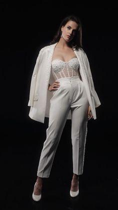 Свадебно-вечерний костюм с корсетом Fancy Wedding Dresses, Glam Dresses, Unique Dresses, Short Dresses, Fashion Dresses, Prom Outfits, Mode Outfits, Chic Outfits, Couture Fashion