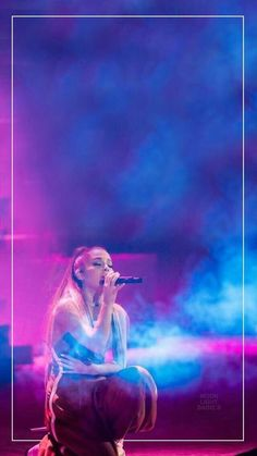 Ariana Grande - Dangerous Woman Tour lockscreen