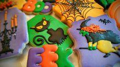 Halloween Biscuits, Halloween Baking, Halloween Food For Party, Halloween Cookies, Halloween Town, Fall Cookies, Cookie Decorating, Deserts, Goodies