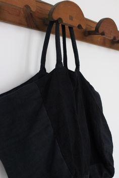Bolso negro de ana.