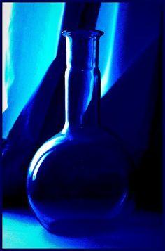Resultado de imagem para cobalt blue