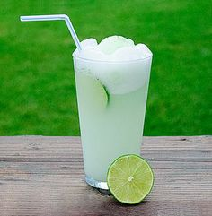 Limeade - Brazilian Food - Brazilian Food Recipes. Will need to see if this is as good has the ones I have had in Brasil.