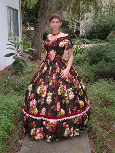 civil war southern belle gown... I don t like the large flowers cc44e4243dab