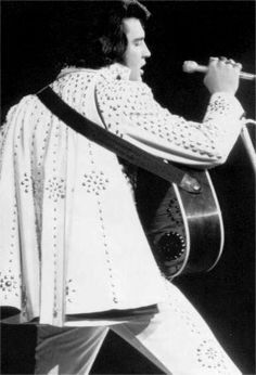 Image result for elvis presley november 8, 1971