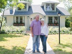 The clients wanted to downsize and simplify, and to find a period home with charm and original detail. Chip and Joanna Gaines helped them find a turn-of-the-century gem and update it to suit their needs while retaining a successful balance of the old and the new.