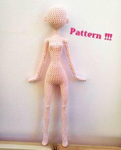 """330 Likes, 25 Comments - Mini Goth doll maker (@mini_goth_s_collection) on Instagram: """"https://www.etsy.com/fr/listing/483218013/patron-de-poupee-au-cochet-de-type #dollmaker #amigurumi…"""""""