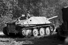 Hetzer tank destroyer moves to the front to combat Allied forces at Rockford, IL. Information on this specific Hetzer can be found at here at the Panzer Division website Military Photos, Military History, Tank Destroyer, Ww2 Photos, Armored Fighting Vehicle, Battle Tank, World Of Tanks, Ww2 Tanks, German Army