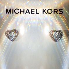 Diana Svensson – My amazing lifestyle Bling Jewelry, Jewelry Box, Jewelery, Jewelry Accessories, Cheap Michael Kors, Handbags Michael Kors, Mk Handbags, Just Style, Stone Heart