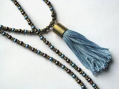 Collier gland méditation avec verre perles et laiton par saltyduck