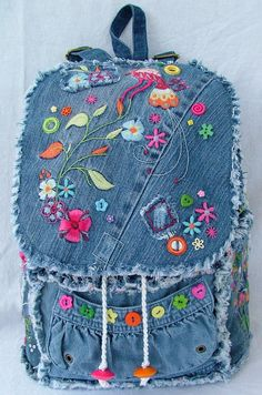 Need fantastic helpful hints concerning fashion? Go to this fantastic website! Mochila Jeans, Jean Backpack, Denim Patchwork, Denim Quilts, Jean Purses, Denim Purse, Denim Ideas, Denim Crafts, Recycled Denim