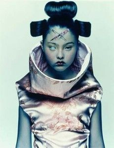 Devon in Alexander McQueen / Photo by Nick Knight