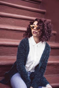 Alessia Cara Is a 19-Year-Old, Taylor Swift-Endorsed, Anti-Pop Pop Star  - ELLE.com