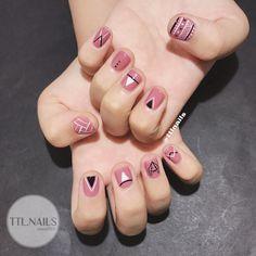 Attention to the semi-permanent varnish - My Nails Pink Nails, My Nails, Asian Nails, Korean Nail Art, Tree Nails, Fall Nail Art Designs, Kawaii Nails, Nail Swag, Toe Nail Art