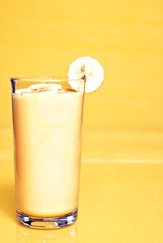 Banana Oat Smoothie:       2 bananas,      2 c ice,      1/3 c Greek yogurt,      1/2 c cooked oats,      1/3 c almond butter,
