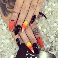 Halloween nail to complete a candy corn witch costume