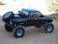 This is how I want to make my Tacoma to look!!