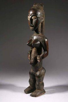 La statue Gouro est une belle expression de l'art Gouro en Afrique