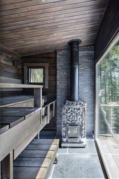 Iso ikkuna saunasta Finnish sauna design at the Summer House on the Baltic Sea Island Sauna Design, Cabin Design, House Design, Design Design, Sauna House, Sauna Room, Sauna Steam Room, Scandinavian Saunas, Scandinavian Cabin