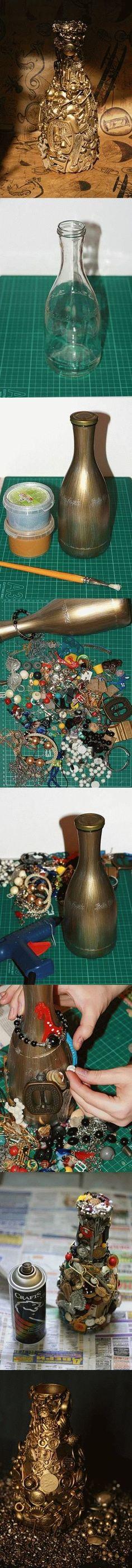 LEUK!! Alle prulletjes die je niet weg kunt of wilt gooien hergebruiken!!! DIY Unwanted Things Decorated Bottle