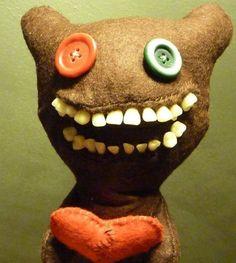 El muñeco artesanal que acojonó a los de Expediente Warren