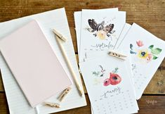 Free Printable 2016 Desk Calendar   Beautiful watercolor calendar free printable MyFabulessLife.com