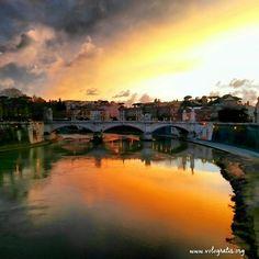 Tramonto su Roma - Sunset in Rome #travels #Rome #Roma #travel #viaggi #sunset