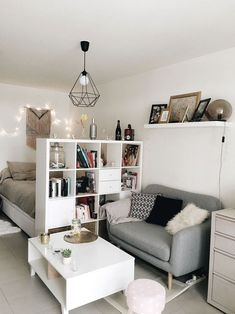 room decor on a budget Zimmereinrichtung 42 Minimalist Apartment Studio Decorating Ideas - Studio apartments are becoming an increasingly favorite selection for singles or couples. Studios are generally one room apartments with a shared livi. Studio Apartment Layout, Studio Apartment Decorating, Studio Layout, Interior Decorating, Studio Apartment Storage, Studio Apartment Furniture, Small Apartment Layout, Studio Apartment Living, Small Appartment