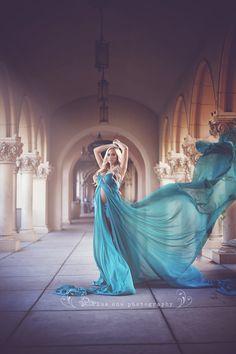 Resultado de imagem para maternity gowns for photoshoot