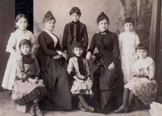 Pontian Greek ladies and children of Trabzon..Trabzon'lu Rum aile..
