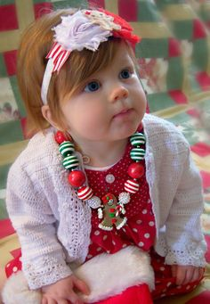 Gingerbread Girl Christmas Bubblegum Necklace and by gccduncan