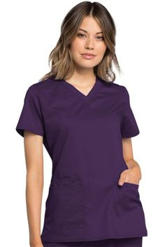 Treat yourself to the superior comfort and style of the Cherokee Workwear Revolution Tech V-neck Scrub Top! Cherokee Scrubs, Scrub Pants, Scrub Tops, Lady V, Straight Leg Pants, V Neck Tops, Black Tops, Revolution, Work Wear