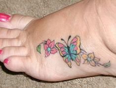 I LOVE foot tattoos *lol*