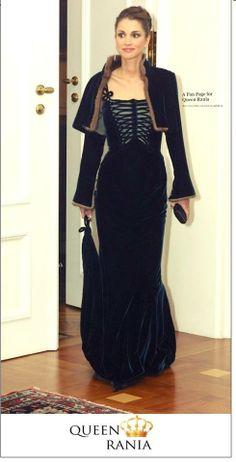 2014 ♔♛Queen Rania of Jordan♔♛...