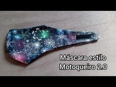 Como fazer uma mascara estilo motoqueiro 2.0 (molde grátis) - YouTube Sewing Tutorials, Sewing Hacks, Sewing Crafts, Sewing Projects, Sewing Patterns, Crochet Patterns, Diy Mask, Diy Face Mask, Mask For Kids