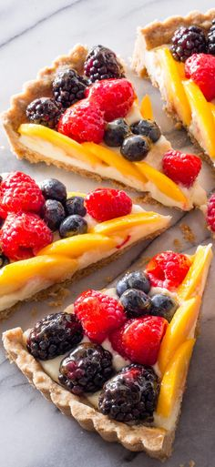 Fresh Fruit Tart. Don't waste your time and creative energy arranging a fruit tart that will only be ruined when sliced into. Our approach ensures the slices look just as good as the whole (and taste good too).