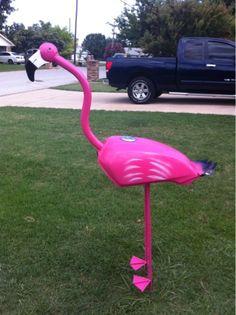 Hot pink metal flamingo yard art sculpture gas tank from motorcycle Welding Art Projects, Metal Art Projects, Metal Crafts, Simple Projects, Abstract Metal Wall Art, Metal Tree Wall Art, Metal Artwork, Tree Artwork, Metal Yard Art