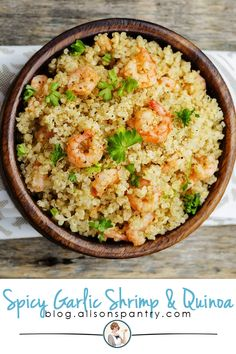 simple Garlic Shrimp and Quinoa recipe is healthy and TASTY! Plus, it is gluten free and dairy free.This simple Garlic Shrimp and Quinoa recipe is healthy and TASTY! Plus, it is gluten free and dairy free. Shrimp And Quinoa, Spicy Garlic Shrimp, Quinoa Recipes Easy, Vegetarian Recipes, Cooking Recipes, Healthy Recipes, Simple Quinoa Recipe, Quinoa Salad Recipes, Risotto