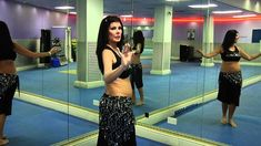 Camel move - Belly Dance - How to do the Camel moves step by step - The latest trends, photos, accessories and fashion designs Belly Dancing Videos, Belly Dancing Classes, Dance Videos, Girl Dancing, Pole Dancing, Bailey Dance, Belly Dance Lessons, Dance Technique, Tribal Dance