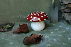 Emery & cie - Mobilier - Le Geste de s Asseoir - Modèles - Poufs - Ceramique - Champignon - Exemples - Page 04