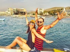 Quedamos en que #viajar es un estado de animo! Así que nosotros viajamos todos los fines de semana. El #verano por acá sigue abrazándonos con sus tentáculos de fuego y el #mar es el antídoto #perfecto. No dicen que el agua salada lo cura todo?  #travel #lima #ancon #felicidad #findesemana #sinlargavistas #peru #playa #beach #beachlife #boat #happiness #igersperu #wanderlust #like #lifeisgood #instapic #instagood #instalike #travelblog #travelpic #world #happiness #love by sinlargavistas