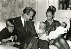 yoursweetremedy:  Albert and Paola of Belgium with their children Philippe, Astrid and baby Laurent