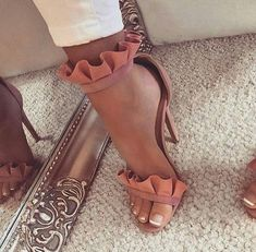 Imagem de heels, fashion, and style