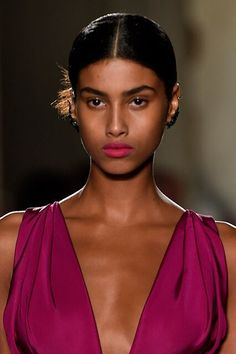 Imaan Hammam Spring 2016 Beauty Looks Wedding Hairstyles For Long Hair, Black Girls Hairstyles, Dark Skin Beauty, Hair Beauty, The Mane Choice, Hair Growth Shampoo, High Fashion Looks, Beautiful Celebrities, Beauty Trends