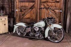 Classic! - More at Choppertown.com #harleydavidsonknucklehead #harleydavidsonmotorcycles