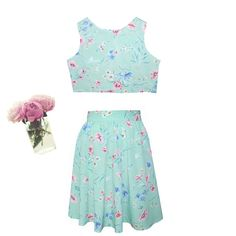 Vintage Style Matching Set. Crop Top and High Waist Skirt in Pastel Floral  www.herpony.com