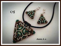 Conjunto triangulos verde