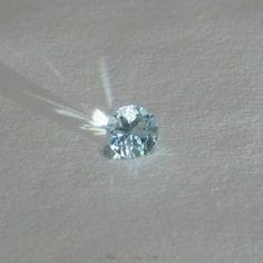 Round Blue Topaz 6.5 x 5mm