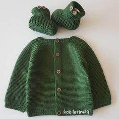 crochet dress outfits Tatl m Tatl rg Bebek Takm Saylar ve Yapm Crochet Dress Outfits, Moda Emo, Viking Tattoo Design, Matching Couples, Baby Knitting Patterns, Baby Dress, Crochet Baby, Knitted Hats, Free Pattern